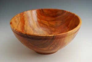 carob bowl with groves (Small)
